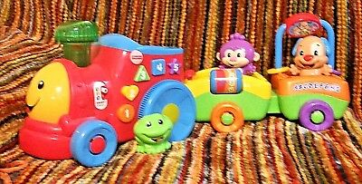 Fisher Price Laugh & Learn Smart Stages Train (Educational Toy with Batteries)