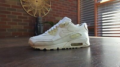 Boys Nike Air Max 90 Running Shoes Sz 5Y 37.5 M Used 307793 111 Blemish Read 11c7930cd