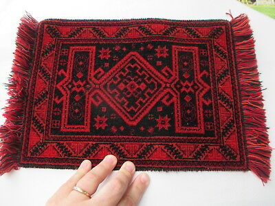 """Dollhouse Miniatures ~ 12"""" x 9"""" Large Pure Wool Rug ~ Black & Red with Fringe"""