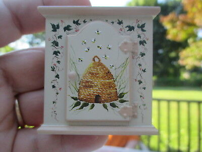 Dollhouse Miniatures ~ Karen Markland Adorable Upper Cabinet Painted w/ Bees '96