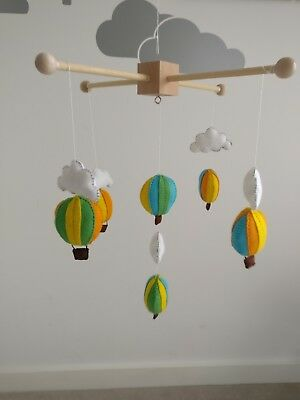Hot air balloon and cloud Handmade Baby Cot Mobile