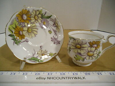 Royal Albert English Bone China Flower of the Month Series Daisy Tea Cup/Saucer