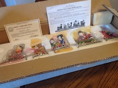 Peanuts Thanksgiving Special Train, 5 pcs. New with certificate, Danbury Mint