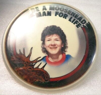 Vintage BE A MOOSEHEAD MAN FOR LIFE Advertising Button/Pin