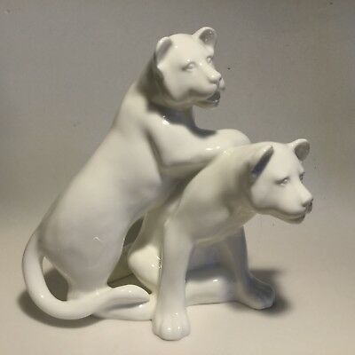 Royal Doulton Playful Lion Cubs Hand Made White Sculpture Images of Nature 1987