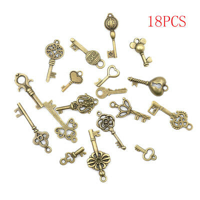 18pcs Antique Old Vintage Look Skeleton Keys Bronze Tone Pendants JewelrySN