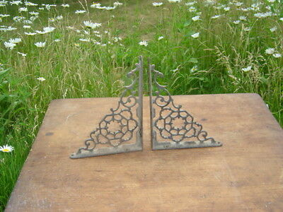 "2 Cast Iron Antique Ornate Brackets, Garden Braces, RUSTIC Shelf Bracket (8""/6"")"