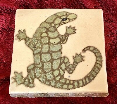 Flint Faience Tile Art Deco Crafts Pottery Tile Lizard
