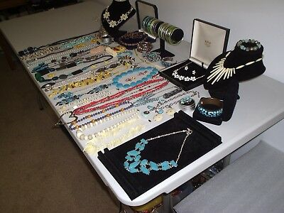 Large Job Lot Of Vintage & Costume Jewellery Necklaces Bracelets Earrings(C)