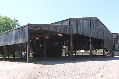 Steel Framed Clear Span Farm building - 90FT X 42FT X 16FT with lean to