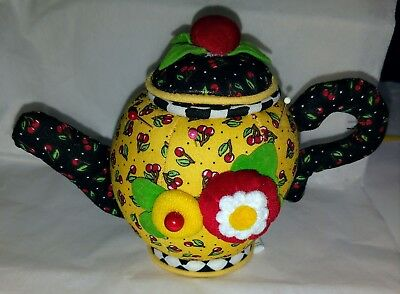 Mary Englebreit Teapot Pin Cushion 2001, SO CUTE !!! Excellent Condition