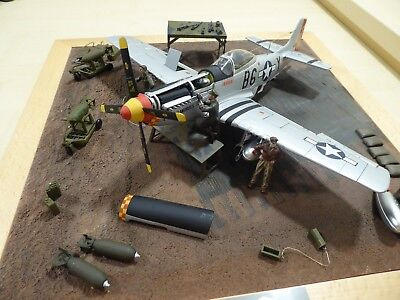 P51 Mustang , Metall von GMP, inkl. Diorama