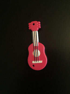 Hamtaro Figure Jingle Red Guitar - Tiny replacement piece Ham-Ham Hasbro