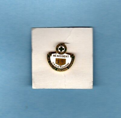 Jos Schlitz Brewing Company Employee 15 Year No Accident Award Enameled Pin