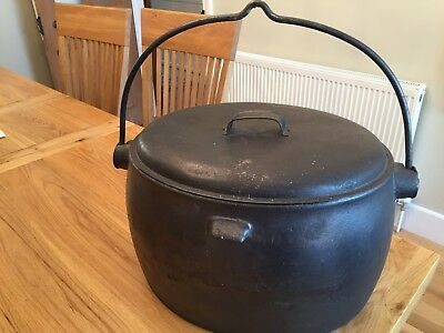Antique Cannon deepfields 4 gallon Cast iron pot