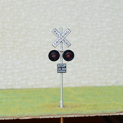 1 x OO / HO Scale railroad crossing signals LED made 2 target faces silver