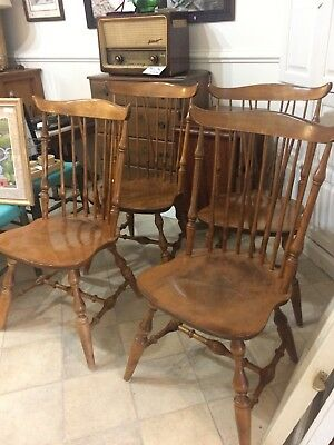 Nichols and Stone windsor dining chairs set of six