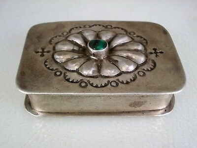 TERRIFIC OLD NAVAJO STAMPED STERLING SILVER & TURQUOISE TRINKET PILLBOX signed