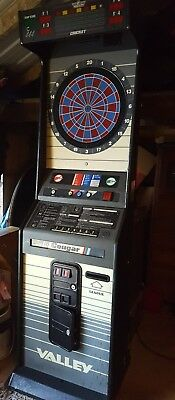 Nice Valley Cougar Model Commercial Coin Operated Dartboard works great