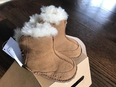 Ugg Australia Boo Booties 5206 Chestnut Size Small 2 3 6 12 Months New