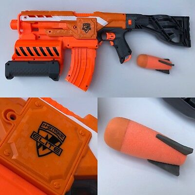 Nerf Demolisher 2 In 1  Fires a missile aswell as darts