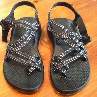 a56a46f47f1c WOMEN S CHACOS SANDALS Size 8 Boost Black Chaco ZX2 -  68.00