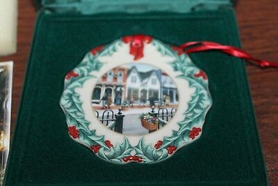 Longaberger 1999 Collectors Club Holiday Christmas Ornament Shopping On Main St