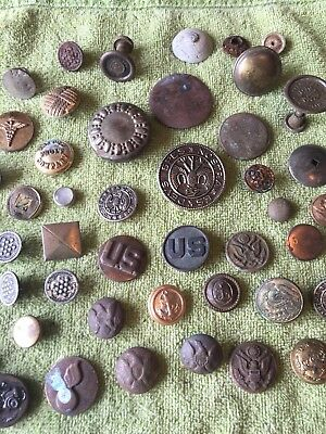 LOT OF ANTIQUE METAL ARMY BUTTONS- DUG METAL DETECTING FINDS - Vtg Scrap Metals