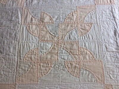 Antique Faded Pale Peach & Off White Quilt Hand Pieced & Quilted - NOT A Cutter