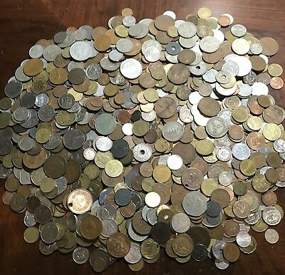 Lot Of ** 8.6 Lbs.** Foreign / World Coins Great Mix!! HUGE PILE!!