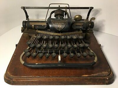 1890's  BLICKENSDERFER TYPEWRITER No. 7 In curved Wood Case
