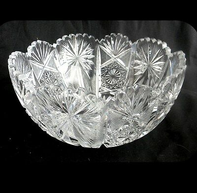 Vintage heavy clear crystal bowl with sawtooth rim