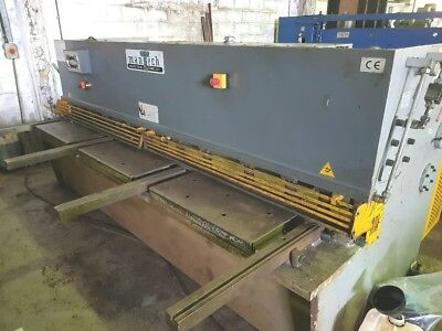 MANTECH 3200mm x6mm HYDRAULIC GUILLOTINE