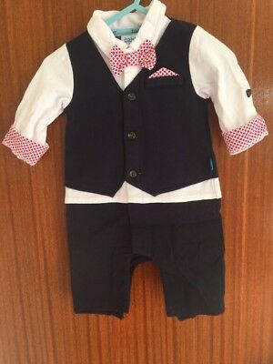 STUNNING TED BAKER ALL IN ONE BOYS SMART OUTFIT IN SIZE 0-3m