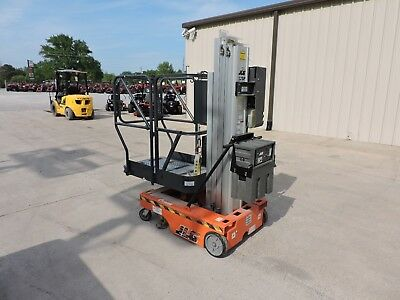 2003 Jlg 12Sp Personnel Lift - Genie - 18' Working Height - Good Condition!!