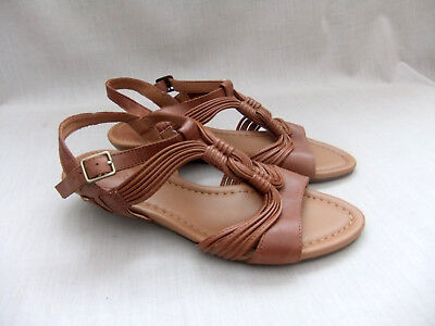 74f6a5692e53 New Clarks Santa Party Womens Tan Leather Wedge Sandals Size 6   39.5