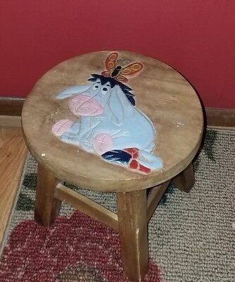 ADORABLE Vintage Wooden CRICKET STOOL w/Hand Painted/Carved EEYORE!