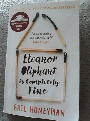 Fiction book  Eleanor Oliphant is completely fine. Gail Honeyman. Paperback