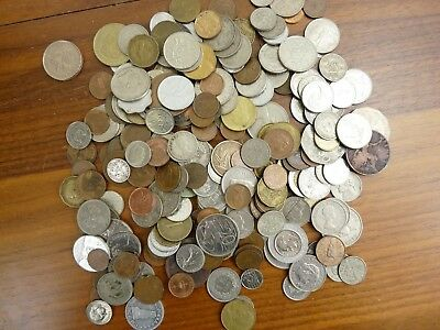 Job Lot 1Kg Of Mixed Old/foreign Coins From Around The World