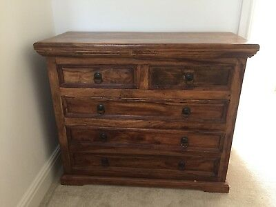 chest of drawers mahogany indian style, excellent condition
