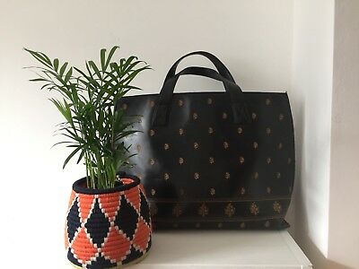 Adrienne Vittadini Black Embroidered Leather Handbag Ethnic Boho Moroccan Indian