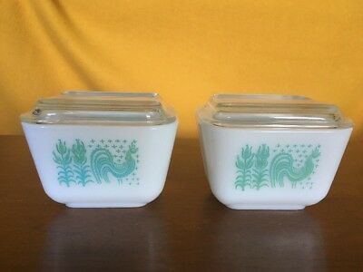 2Vintage Pyrex BUTTERPRINT Amish Turquoise Glass  REFRIGERATOR DISH  WITH LIDS