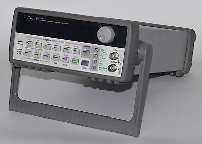 HP 33120A Function / Arbitrary Waveform Generator, 15 MHz *Used, Cal. Lock*