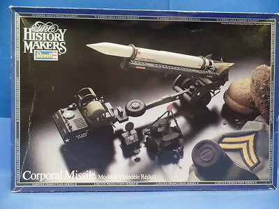 1/40 Revell / History-Maker (1983) : Corporal Missile with  Carrier Launcher