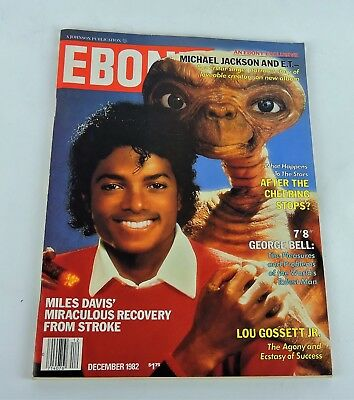 December 1982  Ebony Magazine Johnson Pub-Michael Jackson And E.t. Cover