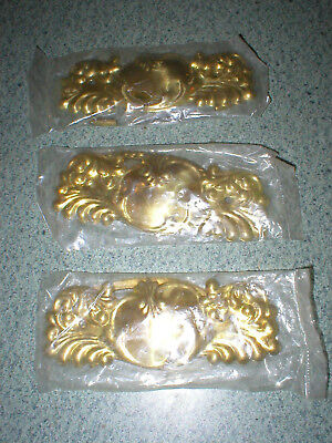 "3 Cabinet Dresser Handle Pulls Back Plates Gold Tone Metal 4 3/4"" Long x 2"" Tall"