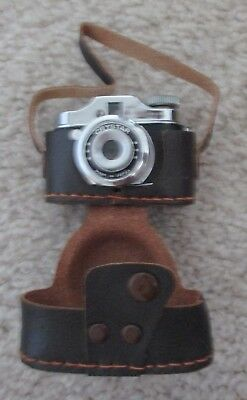 Vintage Miniature Crystar Camera with Leather Pouch Japan Mint