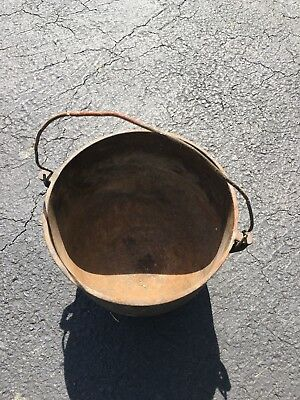 Antique? Vintage Cast Iron Bean Pot Kettle Cauldron 3 Legs Old 11x9.5x8