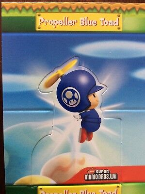2010 SUPER MARIO BROTHERS PROPELLER BLUE TOAD POP UP S3 of 10