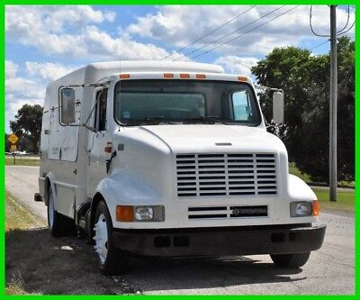 4700 Service Truck 2000 Service Truck Used Automatic